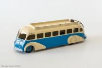 Dinky Toys 29E - Isobloc autocar - ailes et toit lisses