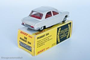 Dinky Toys 510 - Peugeot 204 berline - fabriqué en Espagne
