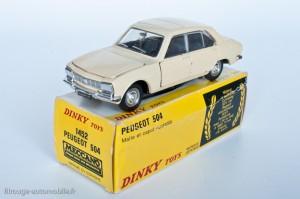 Dinky Toys 1415 - Peugeot 504 berline - modèle fabriqué en Espagne