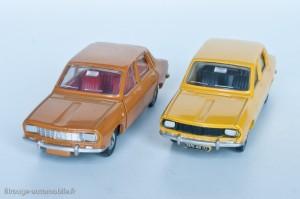 Dinky Toys réf. 1424 - Renault 12 berline - 1ère version française à gauche, 2ème version espagnole à droite