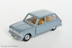 Dinky Toys 1453 - Renault R6 berline - modèle fabriqué en Espagne