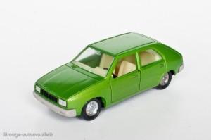 Dinky Toys 1540 - Renault 14 TL - modèle fabriqué en Espagne
