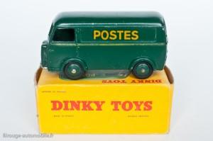"""Dinky Toys 25BV - Peugeot D3A """"Postes"""" - Lettres décalque"""