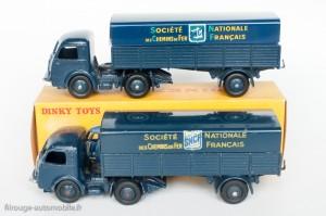 Dinky Toys 32AB et 575 - Panhard semi-remorque SNCF - 2ème et 3ème variante, les 2 derniers graphismes.