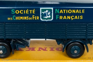 Dinky Toys 575 - Panhard semi-remorque SNCF - Graphisme 3ème type