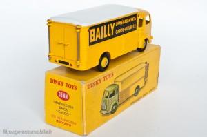 Dinky Toys 33AJ - Simca Cargo fourgon Bailly déménagements