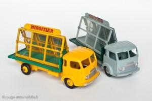 "Dinky Toys 33C - Simca Cargo miroitier ""St Gobain"""
