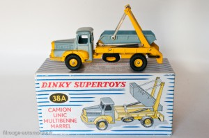 Dinky Toys 38A - Unic Izoard multibenne Marrel - 2ème version