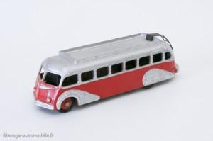 Dinky Toys 29E - Isobloc autocar - ailes en relief et toit strié