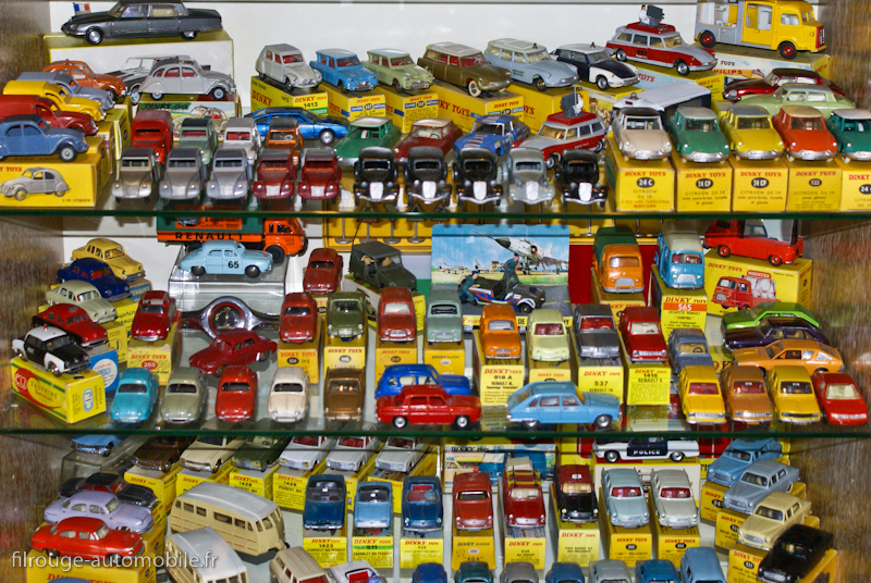 Dinky Toys France Toutes Les Automobiles En Photo