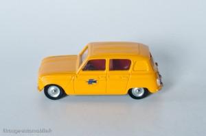 "Dinky Toys 561 - Renault 4L fourgonnette postale ""P et T"""