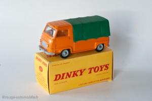 Dinky Toys 563 - Renault Estafette pick-up bâchée