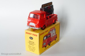 Dinky Toys 564 - Renault Estafette pick-up miroitier