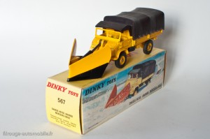 Dinky Toys 567 - Mercedes Benz Unimog chasse-neige