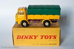 Dinky Toys 584 - Berliet GAK bâché
