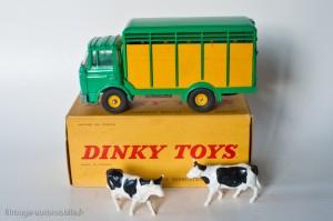Dinky Toys 577 - Berliet GAK bétaillère