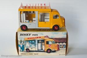 "Dinky Toys 587 - Citroën Currus 1200 kg ""Philips"""
