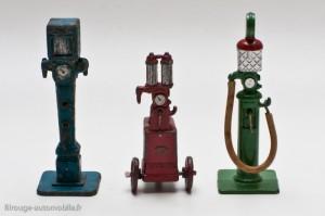 Dinky Toys 49 - Les 3 pompes à essence avant guerre