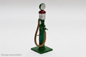Dinky Toys 49 a - pompe à essence type colonne