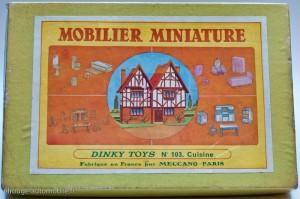 Dinky Toys 103 - Coffret mobiler miniature: cuisine