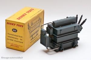 Dinky Toys 833 - Transformateur avec notice