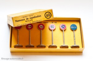Dinky Toys 40 - Coffrets de 6 panneaux ville