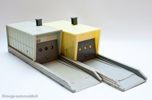 Dinky Toys 502 - box garage - les 2 coloris