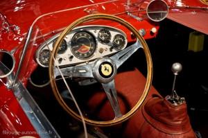 Poste de pilotage Ferrari 340 MM Berlinetta Competizione 1953- Rétromobile 2013