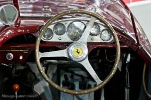 Poste de pilotage Ferrari 500 Mondial - Rétromobile 2013