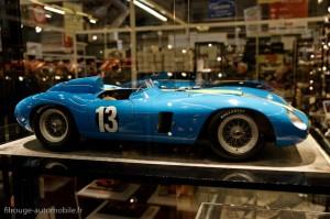 Automobilia : maquette - Rétromobile 2013