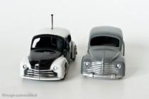 Renault 4 CV berline et police - CIJ ref. 3/48 et 3/49