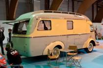 Rétro Passion Rennes - Camping car Renault années 50