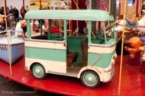 Rétro Passion Rennes - autobus de manège ancien