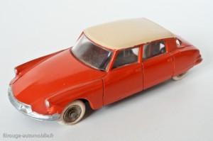 Citroën DS 19 - Dinky Toys réf. 522