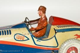 C.R - Delahaye de course - le pilote