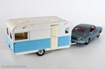 Dinky Toys ref. 564 et 1405 - Caravane Caravelair Armagnac 420 et Opel Rekord coupé 1900
