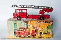 Dinky Toys 568 - Berliet GBK 6 Grande échelle incendie