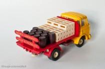 Dinky Toys 588 - Berliet GAK plateau brasseur