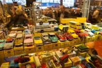 Vitrine de Dinky Toys - Rétromobile 2014