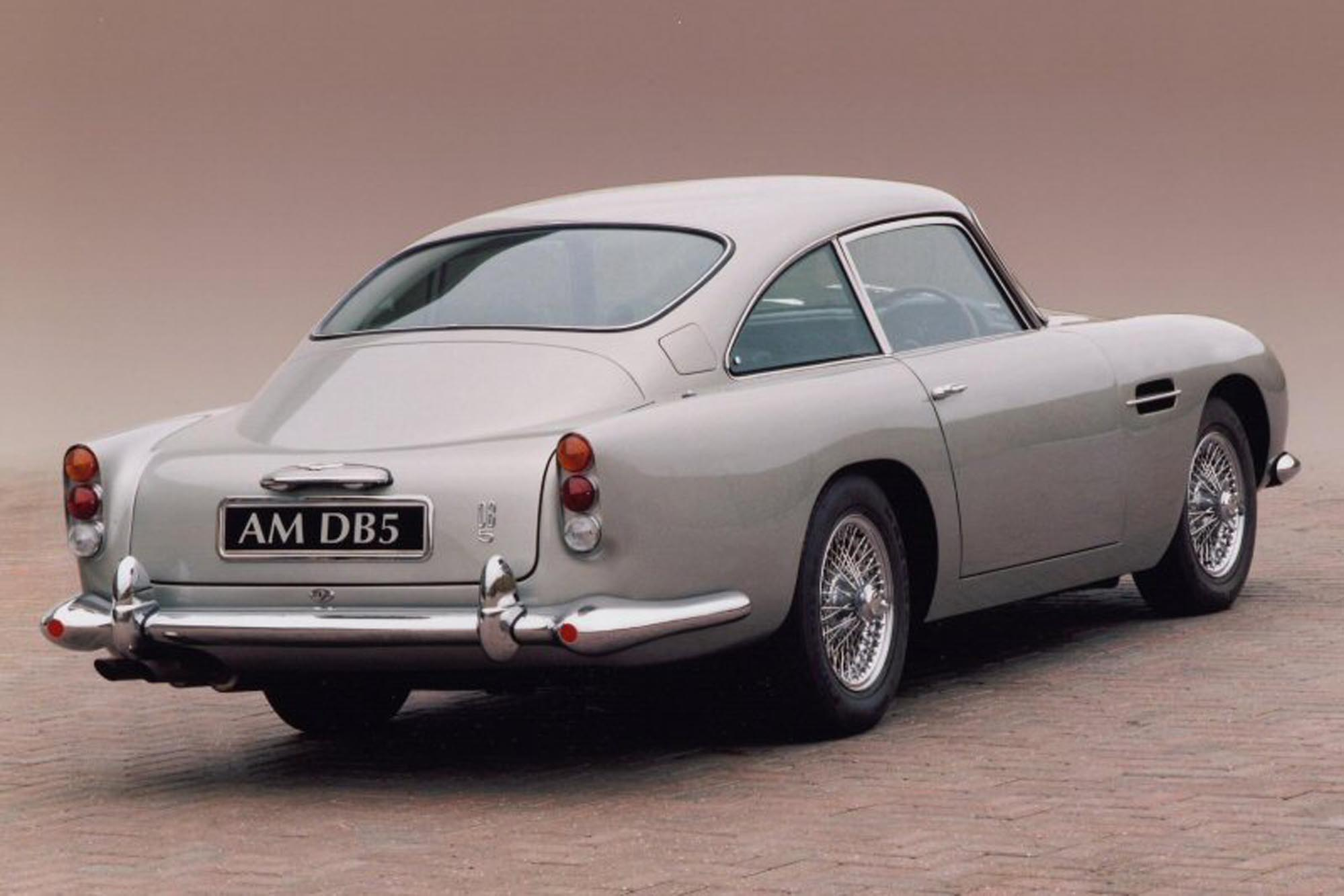 une voiture une miniature aston martin db5 filrouge automobile. Black Bedroom Furniture Sets. Home Design Ideas