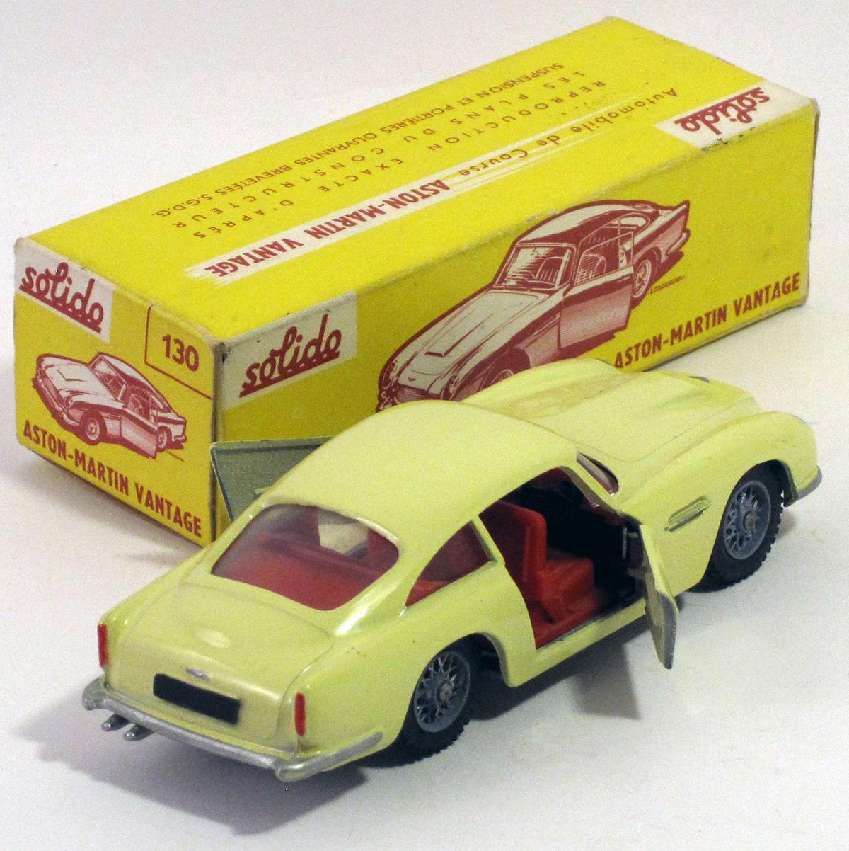 Une Voiture, Une Miniature : Aston Martin DB5