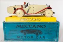 Motor car constructor n°2 - Meccauto 1932 assemblé sur sa boite spécifique et socle de présentation