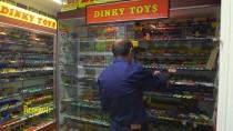 Jour de Brocante - France 3 : Dinky Toys, la grande histoire des petites voitures... Collection Vincent Espinasse