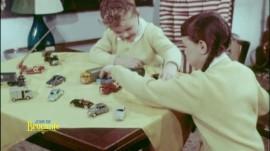 Jeux aux petites voitures années 1960