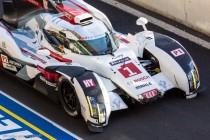 24h du Mans 2014 - Audi R8 e-tron quattro - détruite lors de la 1ère séance d'essais, ici endommagée lors de la deuxième mais fini 2ème