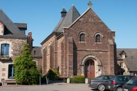 Lohéac, l'église, un village sous le signe de l'automobile