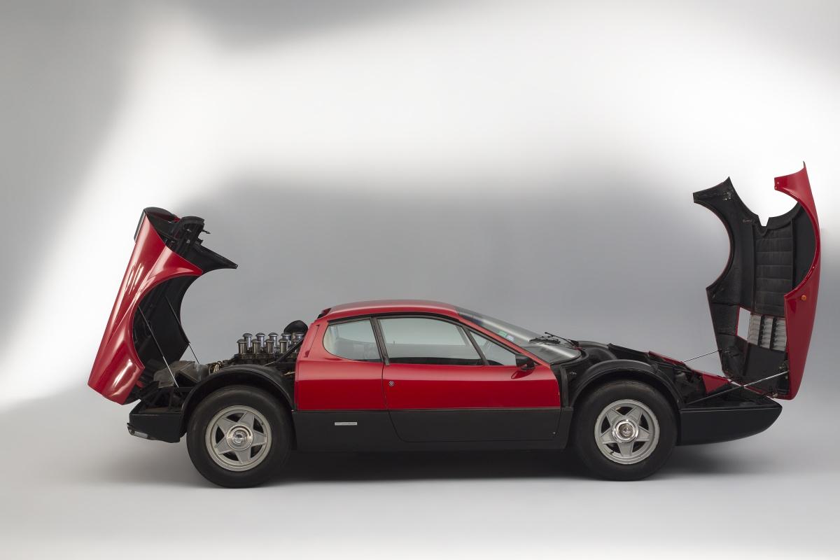 une voiture une miniature ferrari 365 gt4 bb filrouge. Black Bedroom Furniture Sets. Home Design Ideas