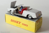 Dinky Toys 528 - Peugeot 404 cabriolet - avec sa conductrice