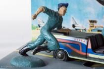 Renault 4 Sinpar de Tanguy et Laverdure - Dinky Toys réf. 1406 - la figurine de Michel Tanguy