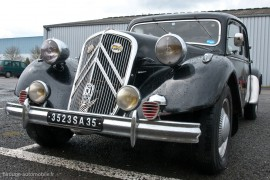 Traction Avant Citroën 15 six de 1952